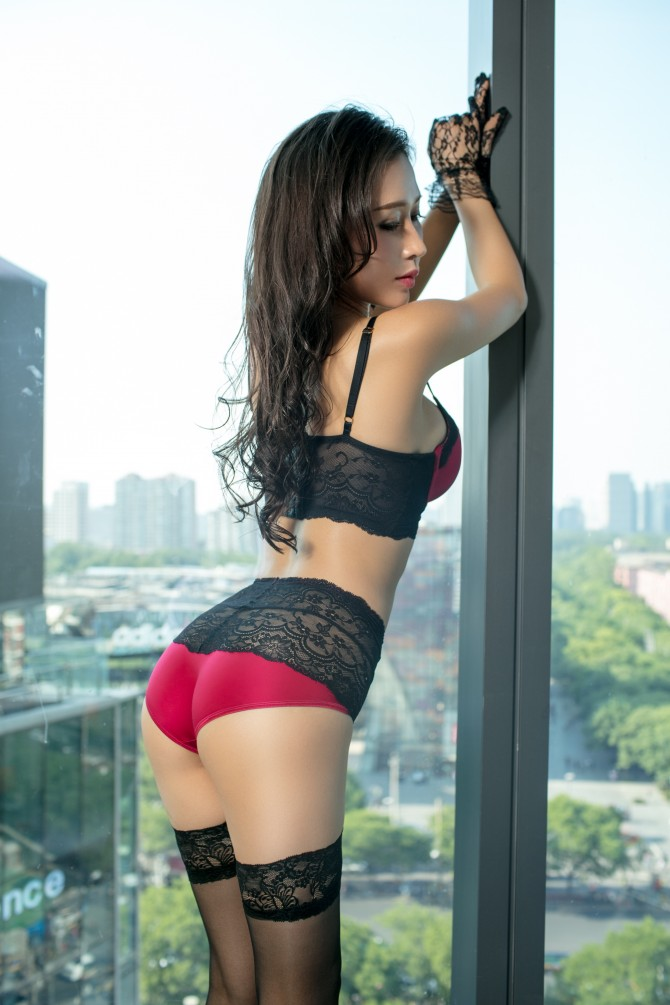 Kim Luxury Escort